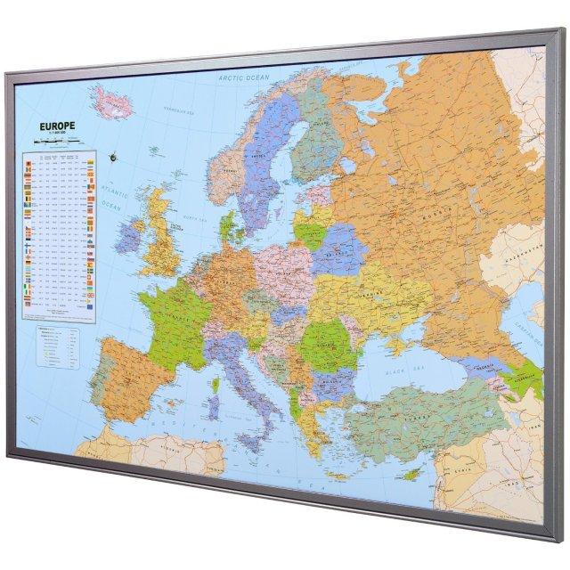 "Tablero de corcho para notas ""Mapa de Europa"" inglés con 12 banderitas para marcar aprox. 90 x 60 cm"